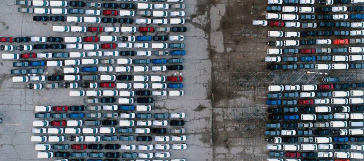 Preço dos seminovos dispara sem carros novos no mercado devido à falta de semicondutores
