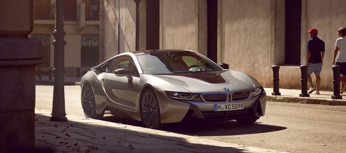 bmw-i8-coupe-images-videos-image-wallpaper-01.jpg.asset.1511797134825