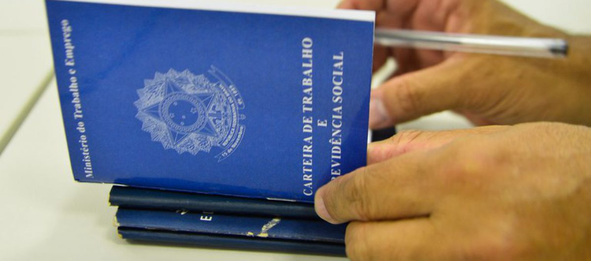 Governo federal não deve prorrogar programa de redução e suspensão de jornada