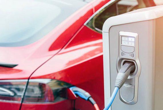 É hora de investir em capacitação para atender carros híbridos e elétricos